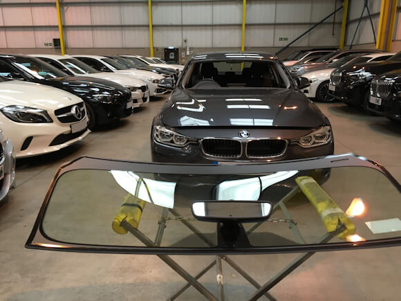 autoglazing uk ltd at work